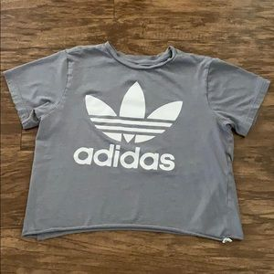 Adidas Cropped Gray Tee Shirt